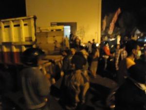 Pengungsi yang dievakuasi ke barak kami.