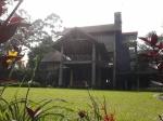 2. Rumah kayu @ Vila Istana Bunga
