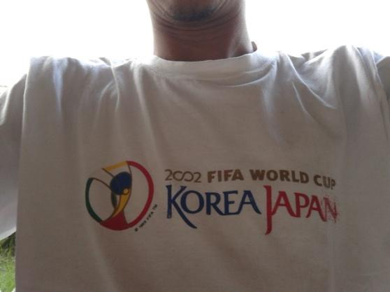 kaos piala dunia Jepang-Korea 2002, baru dipakai tahun 2014